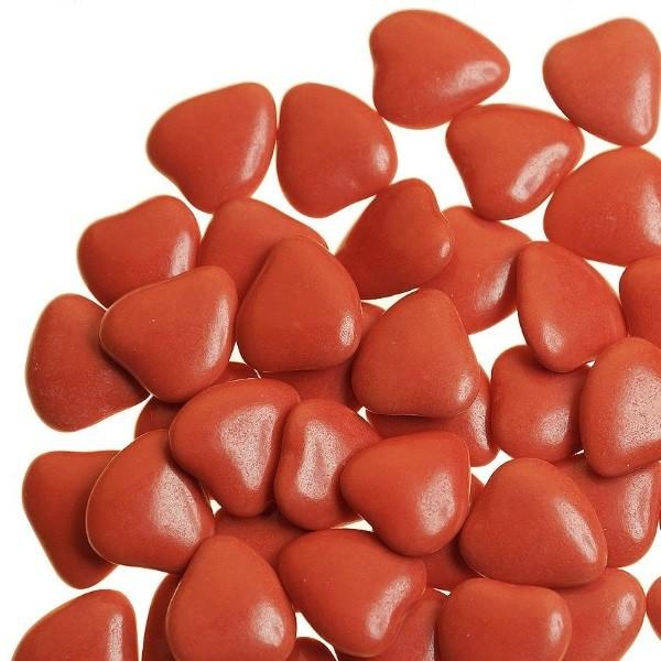 Herz-Schokoladendragées in Rot seidenmatt glänzend